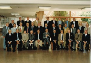 2015-Jose-Antonio-Escartin-Ipiens-4-con-exalumnos-Jesuitas-Zaragoza
