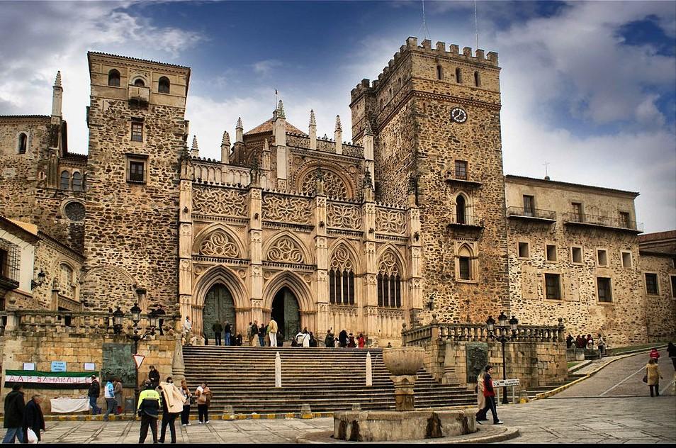 Monasterio de Guadalupe (Cáceres). Por Rafa G. Recuero