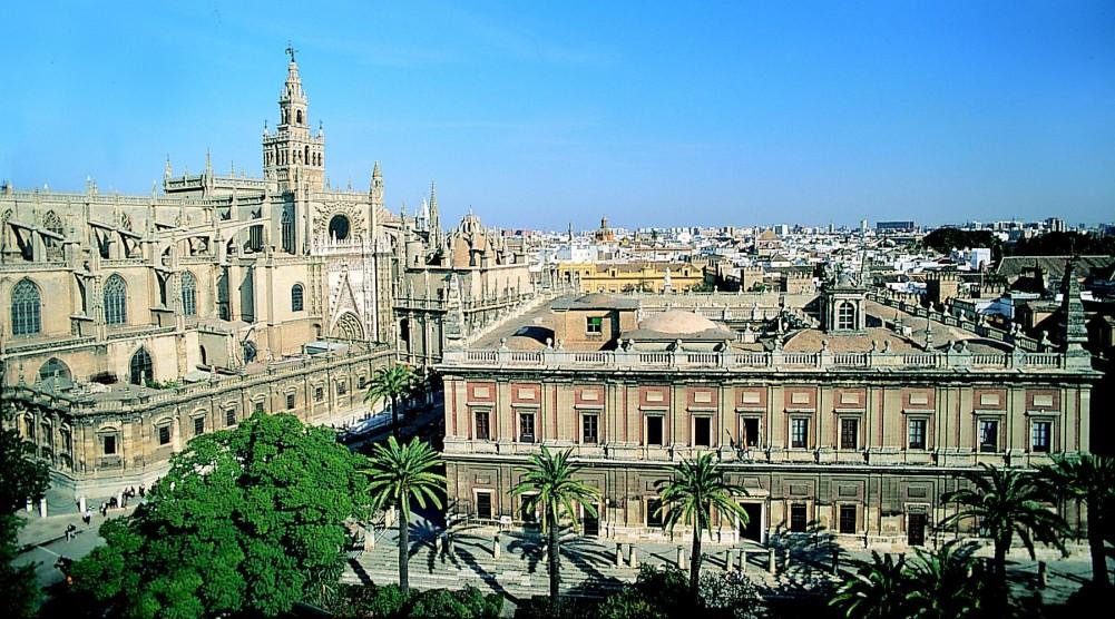 Sevilla: Catedral y Archivo de Indias.