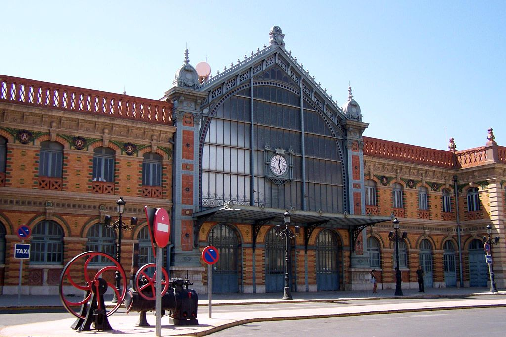 Estación de Ferrocarril de Almería. Por Matías!