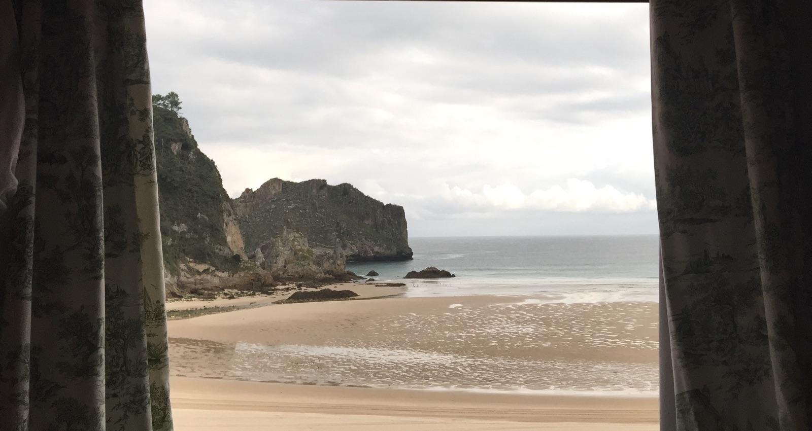 Playa de La Franca. Ribadedeva (Asturias). Por Omar Cervera Gil