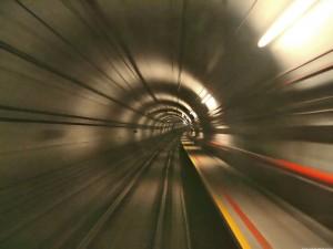 Túnel de ferrocarril. Singapur. Atribución: Calvin Teo.