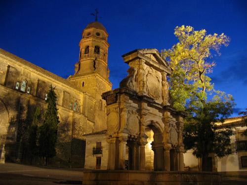 Catedral de Baeza (Jaén) y Fuente de Santa María.