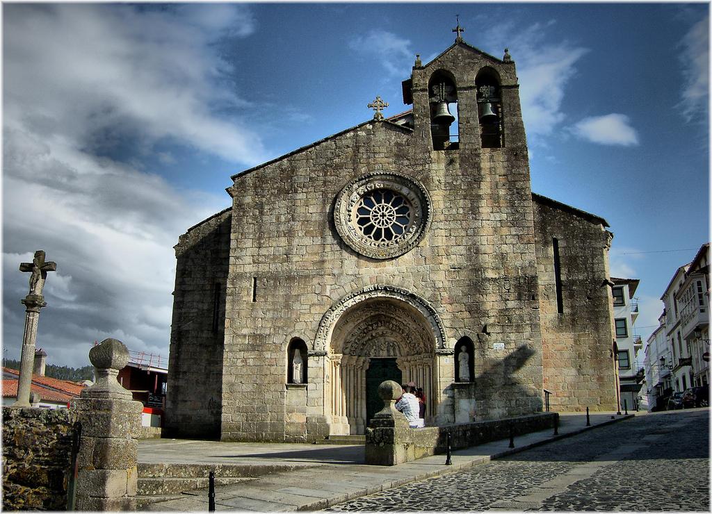 Iglesia de Santa María do Azougue en Betanzos (A Coruña). Por Jose Luis Cernadas Iglesias