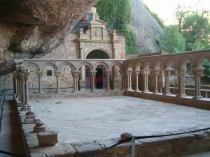 Claustro del Monasterio de San Juan de la Peña (Huesca). Por Sergio.