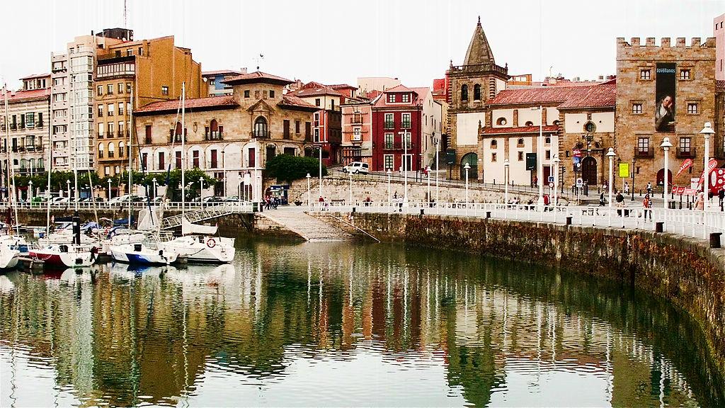 Rincón del Puerto de Gijón (Asturias). Por Gabriel Villena, de Albacete.