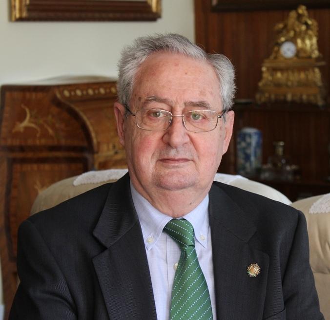 Francisco Sena Fernández, autor del Diccionario de Jurisprudencia Registral