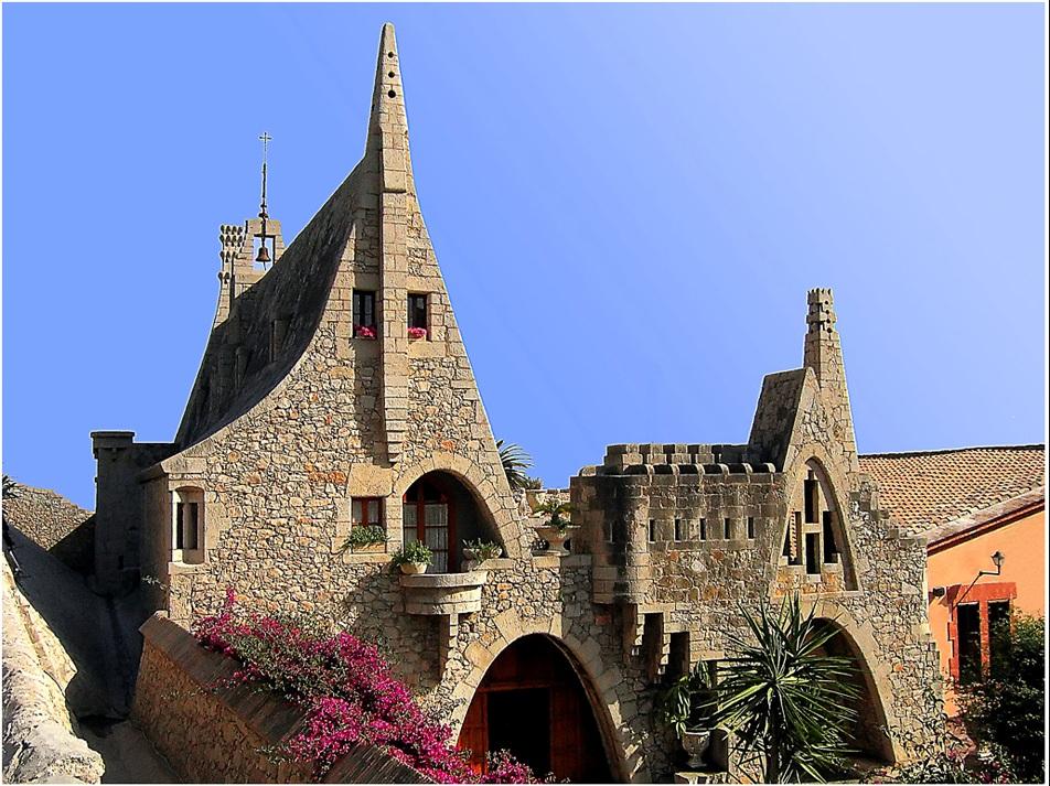 Bodega Güell en Garraf (Barcelona)