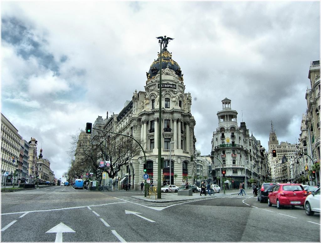 Edificio Metrópolis, entre la Gran Vía de Madrid y la calle de Alcalá.