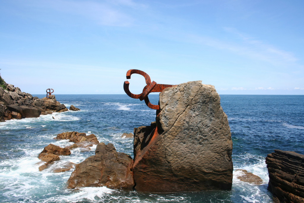 Peine del Viento de Chillida en San Sebastián.