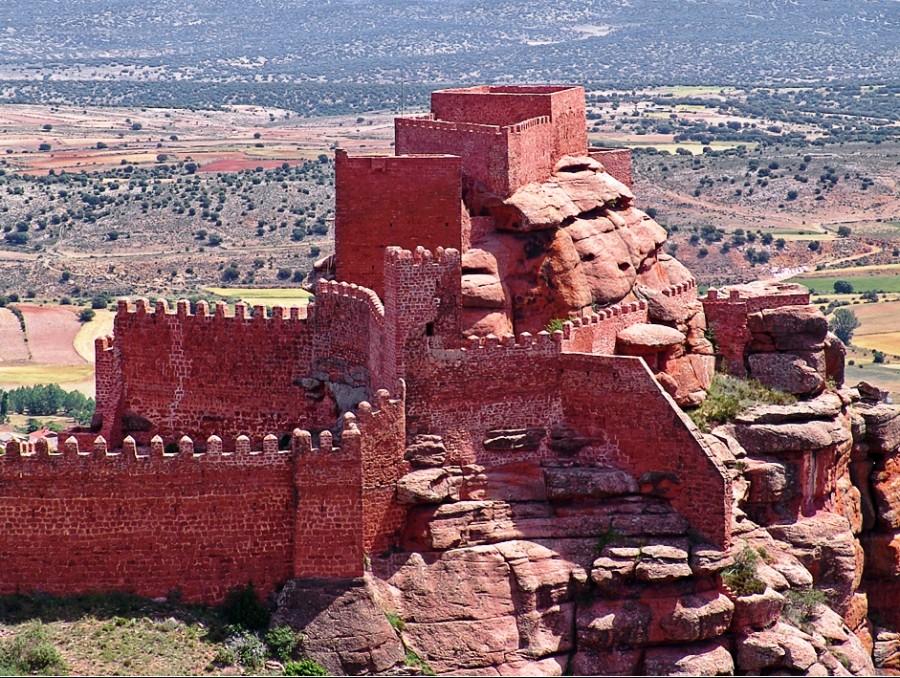 Castillo de Peracense en Teruel. Por Luis Irisarri. Pinchar en la foto.
