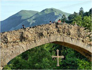 Puente romano en Cangas de Onís (Asturias). Por Jose Luis Cernadas Iglesias