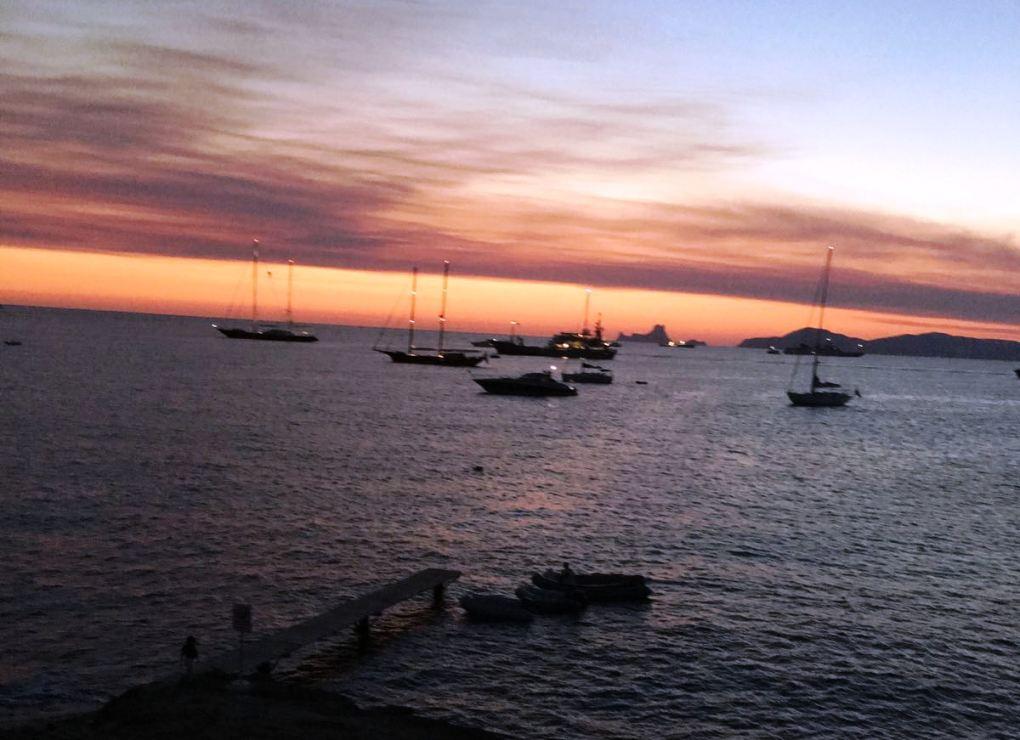 Atardecer en Ibiza. Por Silvia Núñez.