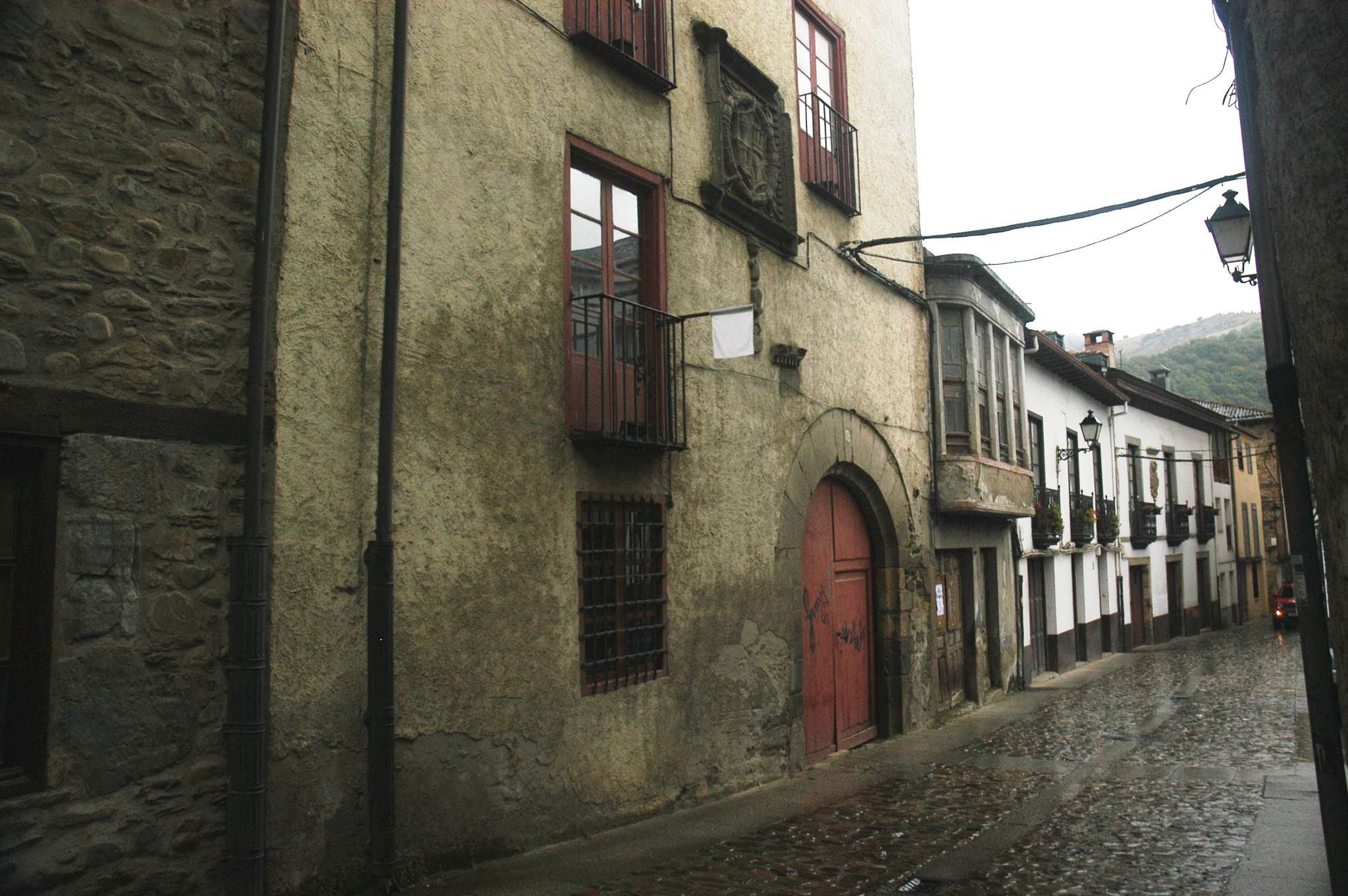 Villafranca del Bierzo. Por Ramón Cela.