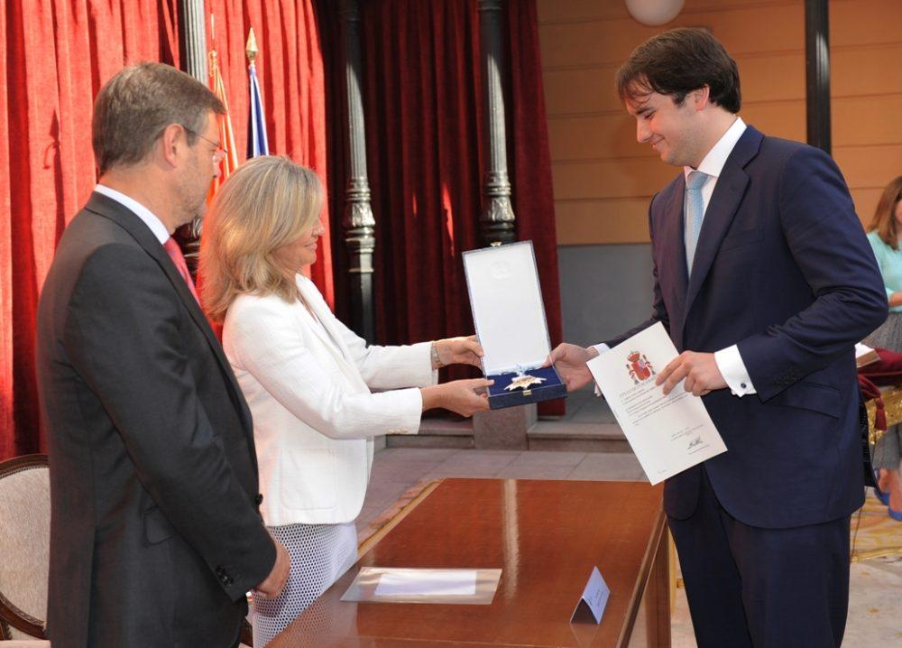 YToma de posesión de Gabriel López Samanes como abogado del estado ante el ministro de Justicia.