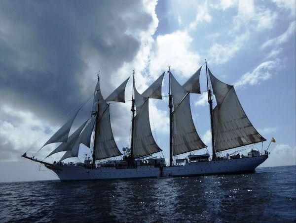 buque_juan_sebastian_elcano1-silvia